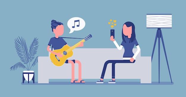 Colocation d'amis en streaming. les jeunes filles jouent de la guitare, chantent, écoutent de la musique ou regardent en temps réel, montrent, profitent de vidéos internet et d'événements en direct. illustration vectorielle, personnage sans visage