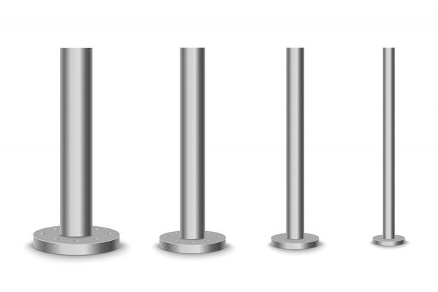 Colonne en métal poteau en métal, tube en acier de différents diamètres installés sont boulonnés sur une base ronde isolée sur un fond transparent.
