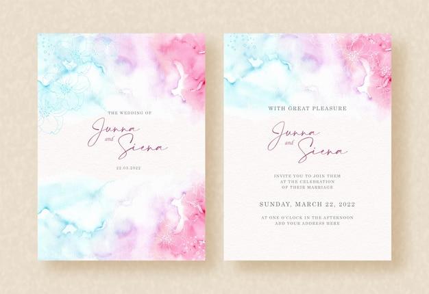 Combinaison de contraste doux de peinture aquarelle splash sur fond d'invitation de mariage