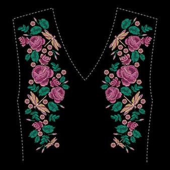 Composition brodée de roses, fleurs sauvages, feuilles et libellule. motif floral de broderie au point satin. motif tendance ligne folk pour vêtements avec décolleté, décor de robe.