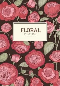 Composition florale pour emballage de parfum avec des fleurs roses anglaises rouges