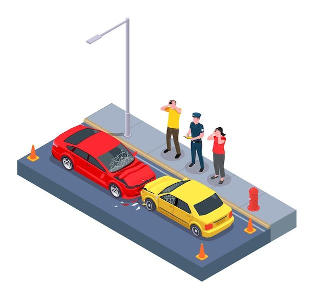 Composition isométrique de l'utilisation de la propriété de voiture avec vue sur deux voitures écrasées avec des caractères de propriétaires d'automobiles