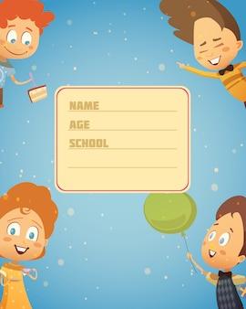 Composition rétro de fête d'enfants avec l'image de la couverture du cahier d'école et quatre personnages de dessin animé heureux