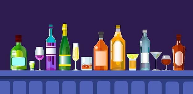 Comptoir de bar avec des verres de boissons alcoolisées