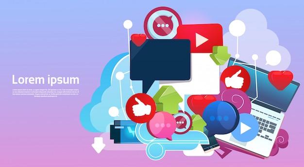 Concept de communication de réseau social de blogs en ligne sur internet