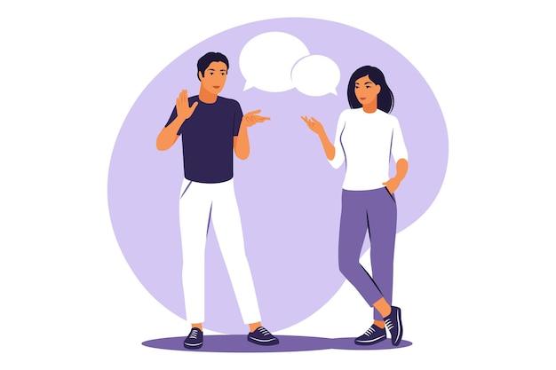 Concept de conversation en direct. guy et fille debout avec des bulles. illustration vectorielle. appartement.