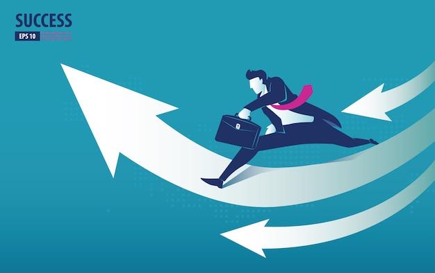 Concept de flèche d'entreprise avec l'homme d'affaires sur la flèche, sautant au succès