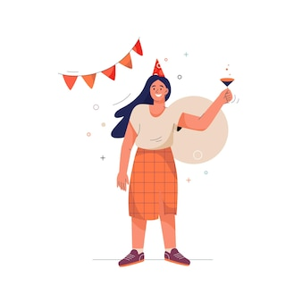 Concept de joyeux anniversaire femme souriante soulève son verre et fait des toasts