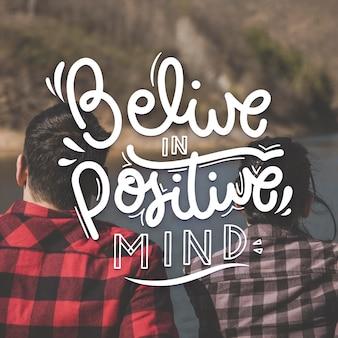 Concept de lettrage esprit positif