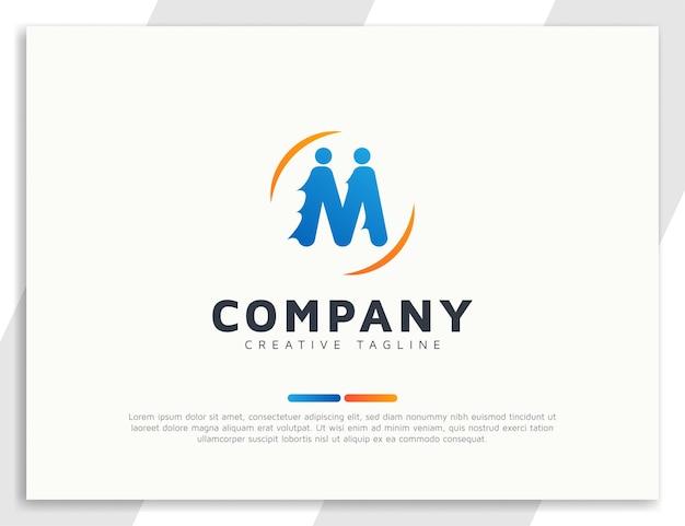 Concept de logo d'équipe de personnes de lettre m