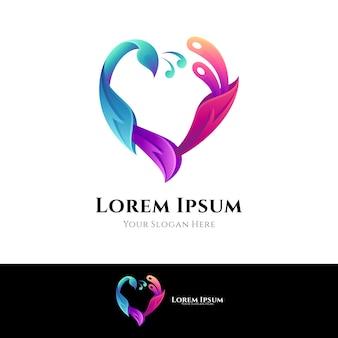 Concept de logo de paon d'amour