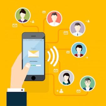 Concept marketing de l'exécution d'une campagne d'email, publicité par e-mail