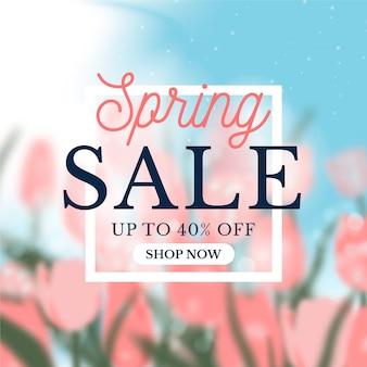 Concept d'offre de vente de printemps floue