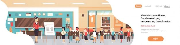 Concept de page de destination avec salle de classe