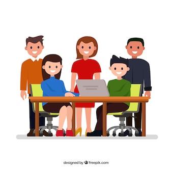 Concept de travail d'équipe avec les gens au comptoir