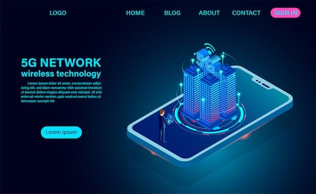 Concept de ville intelligente, bâtiments avec internet sans fil symbole 5g.