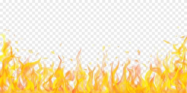Conception de flammes et d'étincelles de feu sur fond transparent
