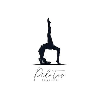 Conception d'identité de logo de yoga de pilates