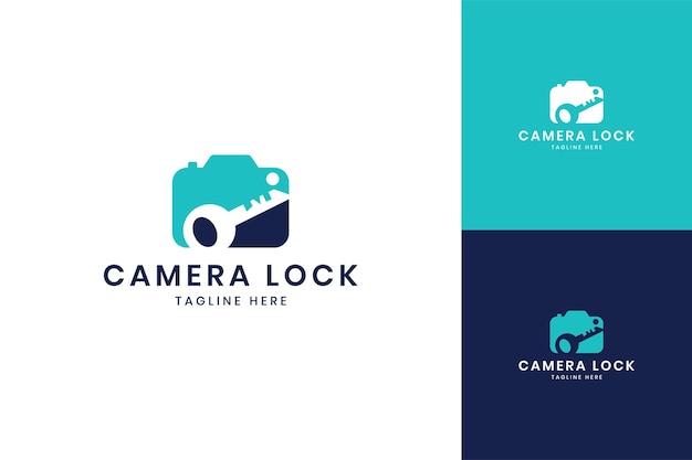 Conception de logo d'espace négatif de verrouillage de caméra