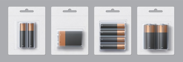 Conception de maquette d'emballages de taille de batterie alcaline réaliste. batteries électriques métalliques noires et dorées dans un ensemble de modèles vectoriels de packs transparents. accumulateurs sous blister pour marquage