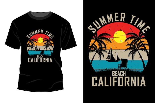 Conception de maquette de t-shirt de californie de plage de l'heure d'été vintage rétro