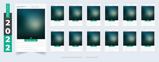 Conception de modèle de calendrier d'affiches 2022