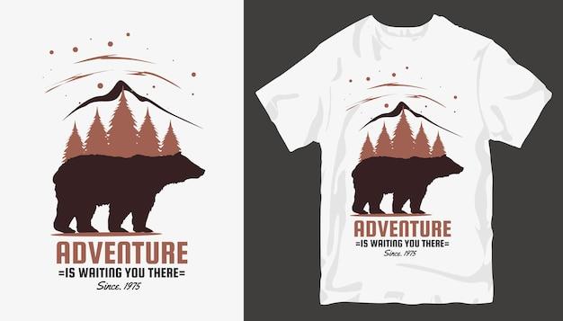 Conception de t-shirt d'aventure. slogan de conception de t-shirt en plein air.