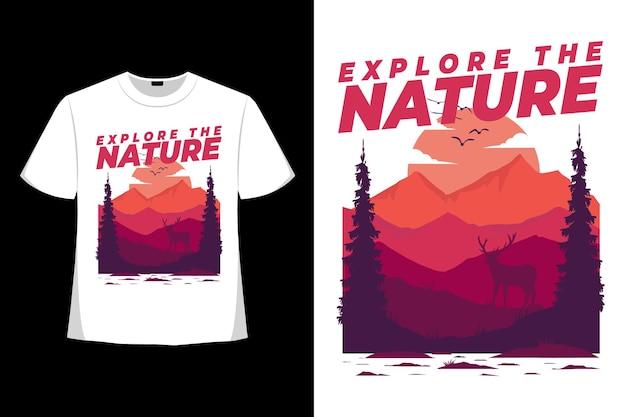Conception de t-shirt d'explorer la nature illustration de style dessiné à la main de pin de montagne de cerf de montagne