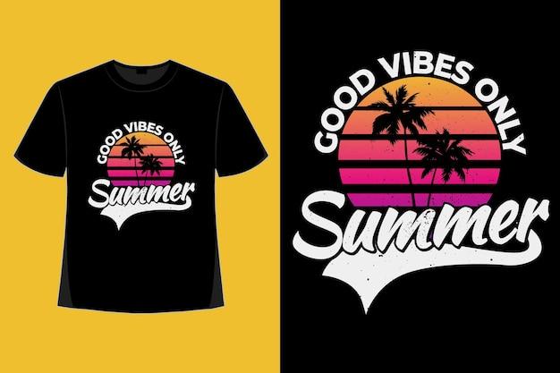 Conception de t-shirt d'une illustration vintage rétro de style palmier dégradé d'été