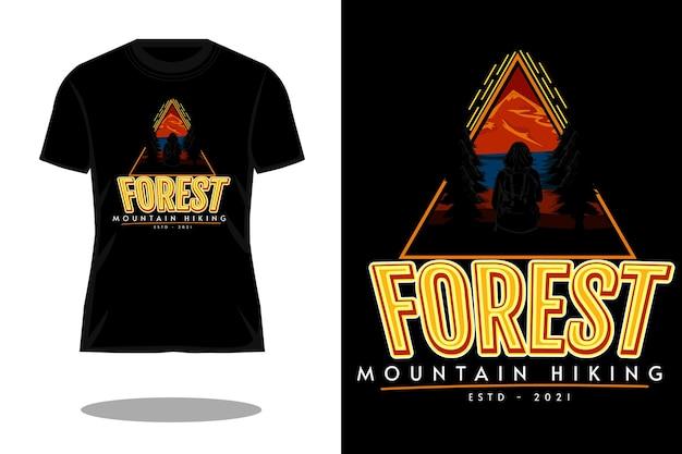 Conception de t-shirt de silhouette de tirage de main de randonnée de montagne de forêt