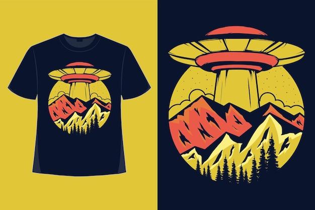 Conception de tshirt d'illustration vintage de montagne nature dessinés à la main