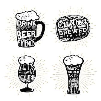 Conception typographique des bières. textes dans différents objets sur le thème de la bière