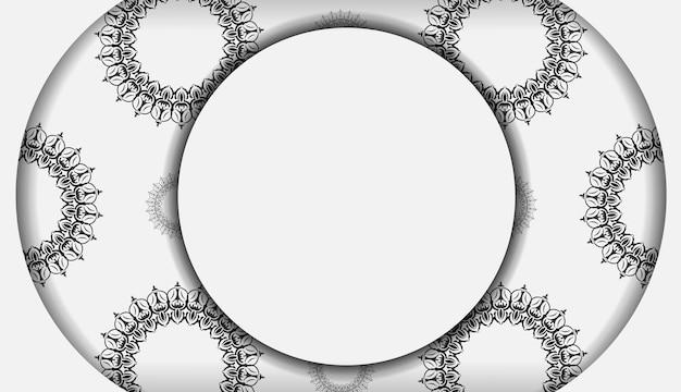 Conception vectorielle élégante pour carte postale de couleur blanche avec des motifs vintage luxueux. carte d'invitation élégante avec ornement grec.