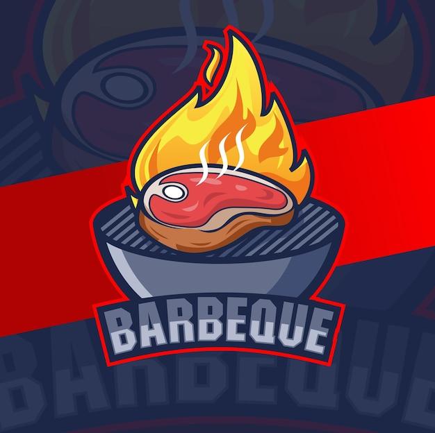 Conceptions de logo de bifteck de barbecue de boeuf avec le feu pour le restaurant de logo de gril de bbq