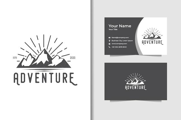 Conceptions de logo de montagne d'aventure et carte de visite