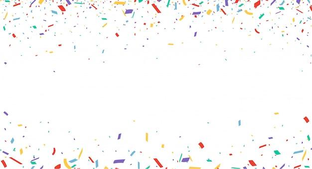 Confettis colorés isolés sur fond blanc