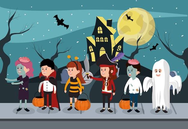 Costume d'enfants le soir d'halloween