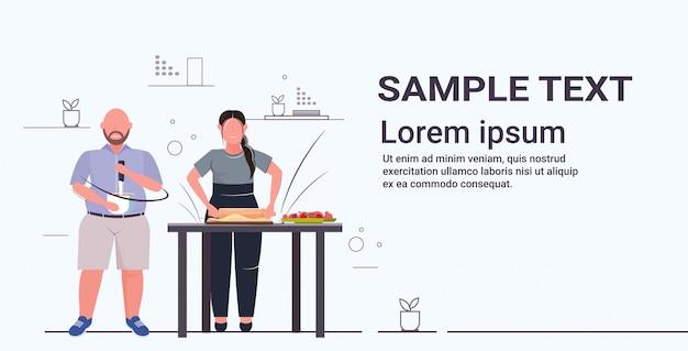 Couper la préparation de tarte aux fruits maison douce maison cuisine délicieuse nutrition malsaine obésité concept plat pleine longueur horizontale