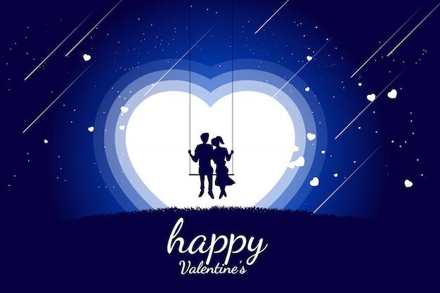 Couple d'amoureux s'installant ensemble sur une balançoire dans une scène romantique