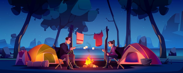 Couple, camp, tente, feu camp, nuit