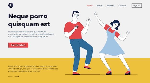 Couple d'étudiants dansant