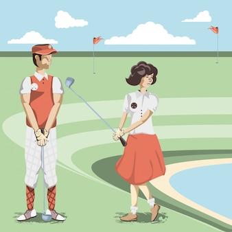 Couple de joueurs de golf dans le parcours
