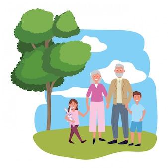 Couple de personnes âgées avec enfants