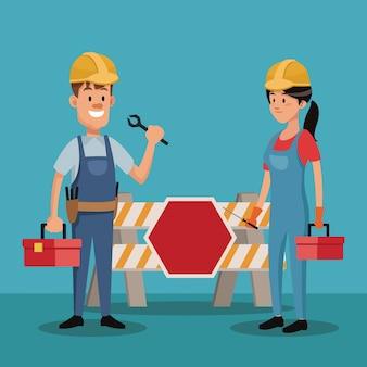 Couple personnes travailleur construction uniforme outils jour de travail