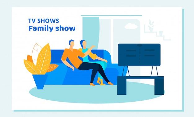 Couple regardant une émission de télévision à la maison. détente sparetime
