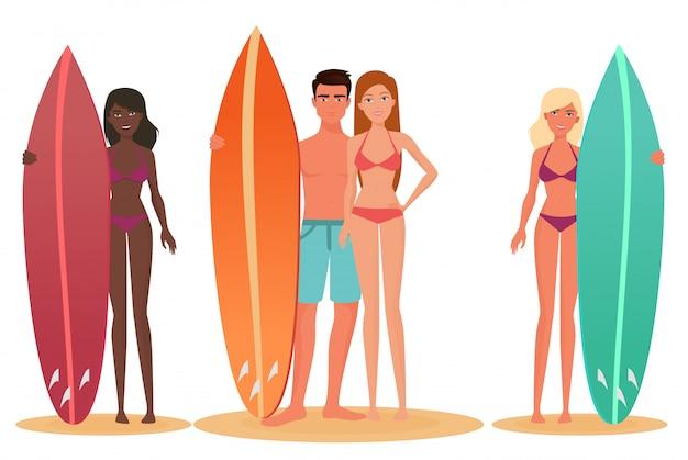 Couple de surfeurs homme et femme
