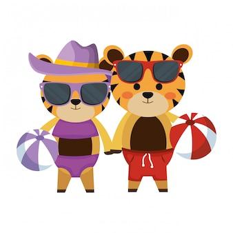 Couple de tigres avec jouets d'été en plastique pour chapeau et ballons