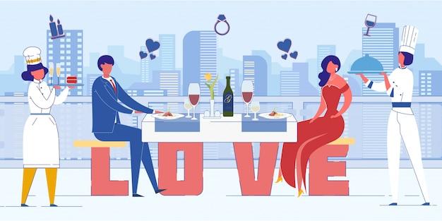 Couple en train de déjeuner dans un restaurant