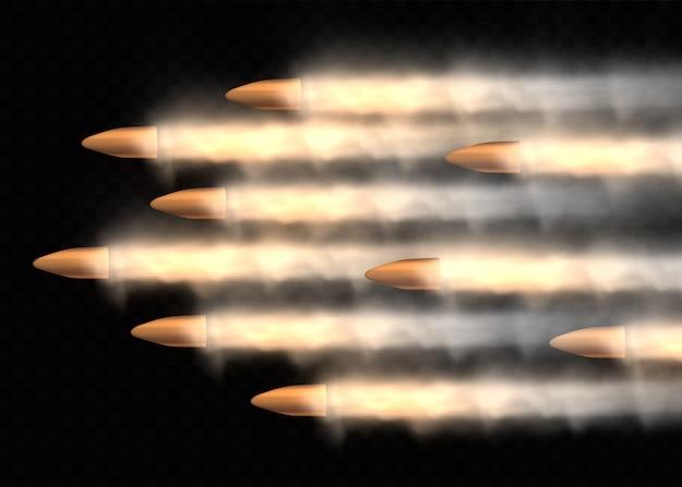 Coups de feu, balle en mouvement, traînées de fumée militaires. balle volante réaliste en mouvement. traces de fumée isolées sur fond transparent. sentiers de tir à l'arme de poing.