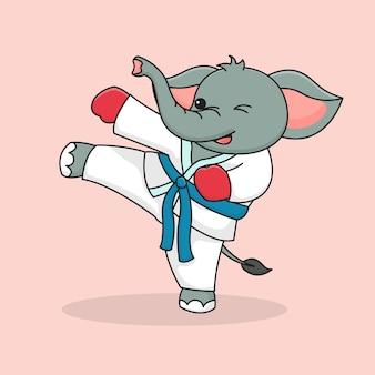 Coups de pied martiaux d'éléphant mignon